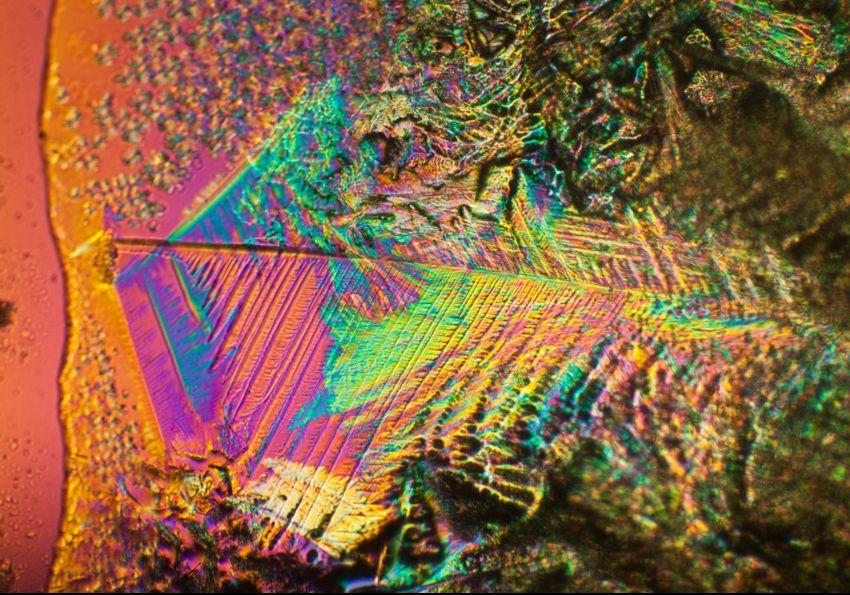 Image polarisée d'un engrais utiliser dans la culture hydroponique.