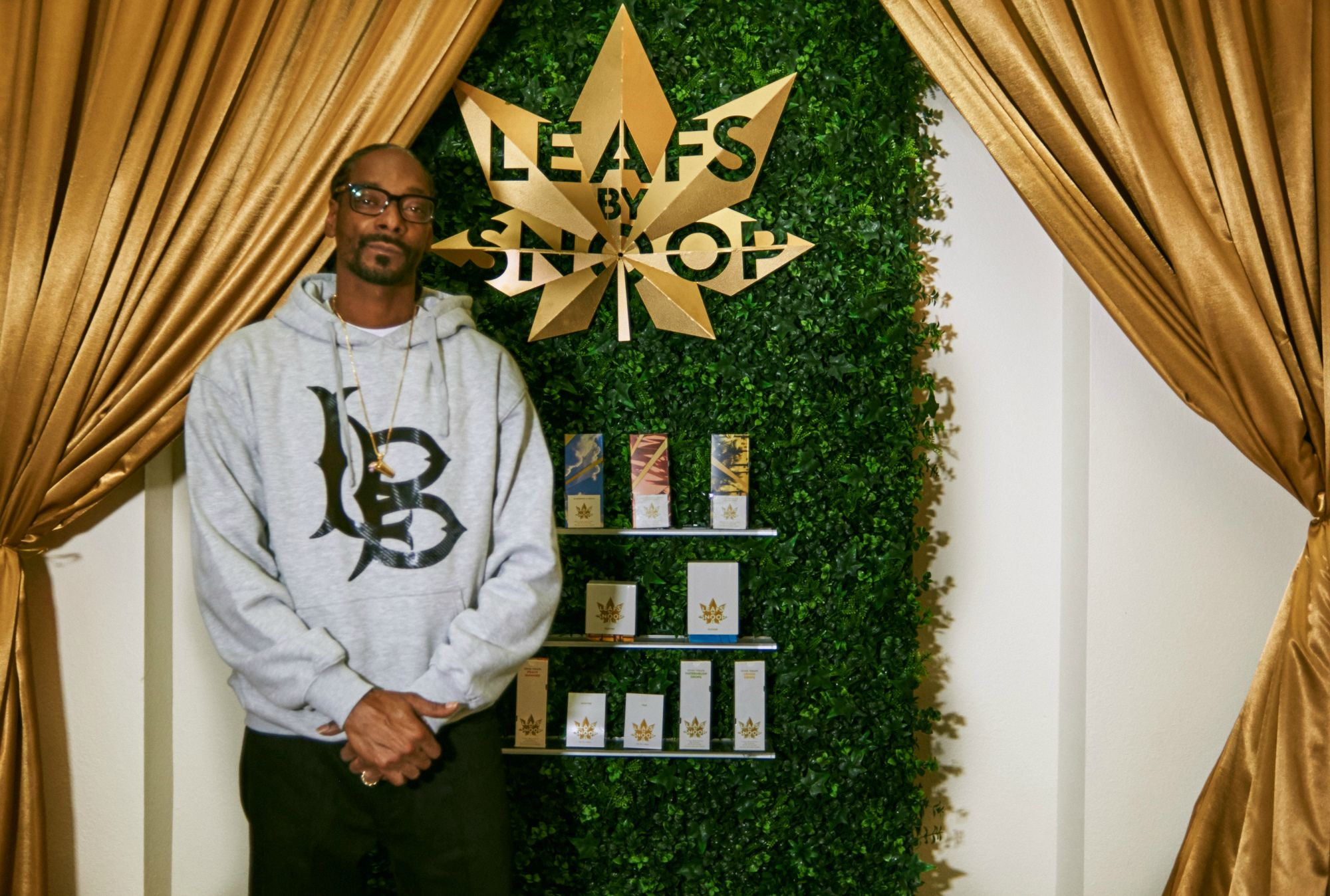 Snoop Dogg lance Leafs