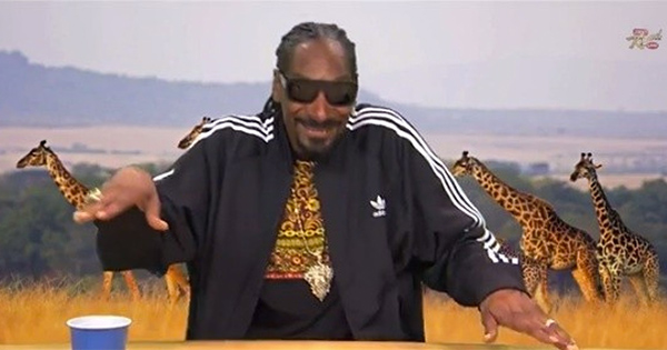 Snoop Dogg dans Plizzanet Earth