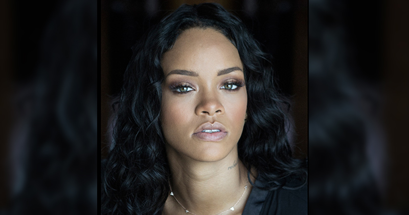 Rihanna nommée humanitaire de l'année