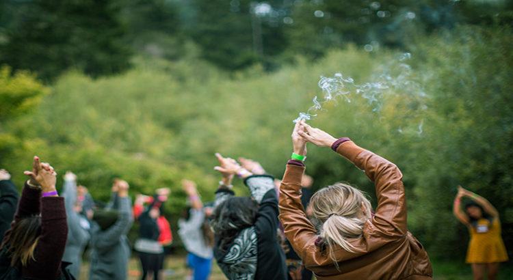 Des camps dédiés au cannabis pour les femmes - ça existe !