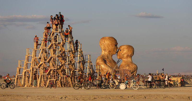 Peut-on consommer du cannabis au Burning Man ?
