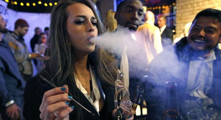 Bar à cannabis à Denver