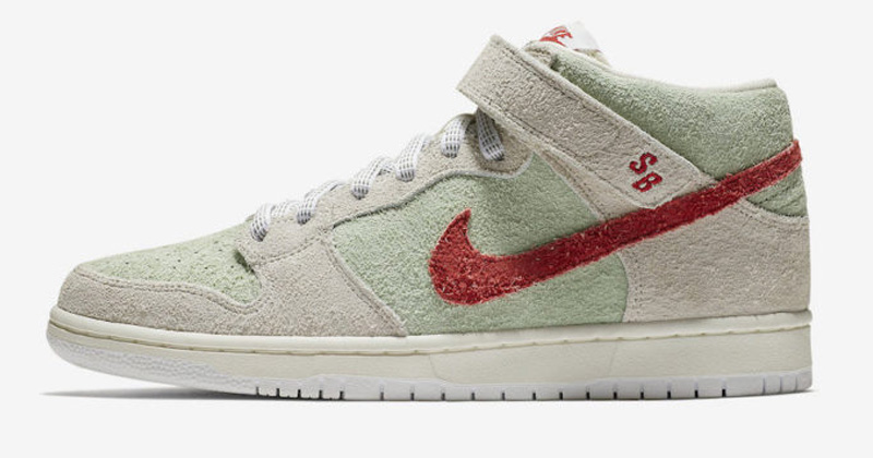 Nike Dunk White Widow