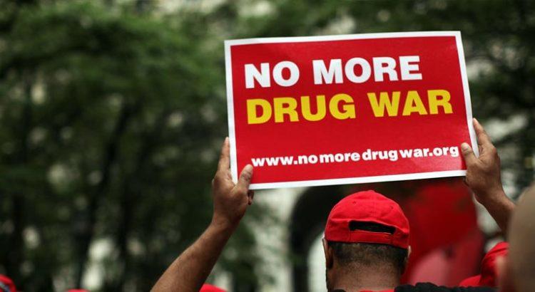 Légalisation des drogues