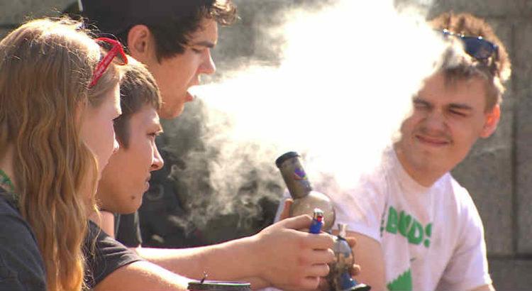 cannabis consommation adolescente