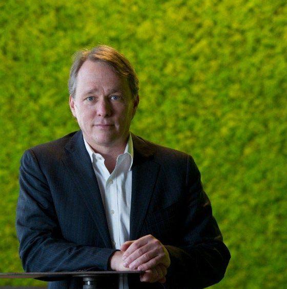 Bruce Linton crée Collective Growth