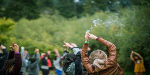 Californie : des camps féministes sur le cannabis