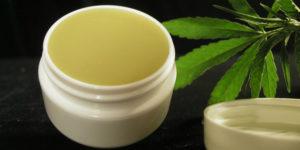 Les crèmes au cannabis contre les démangeaisons